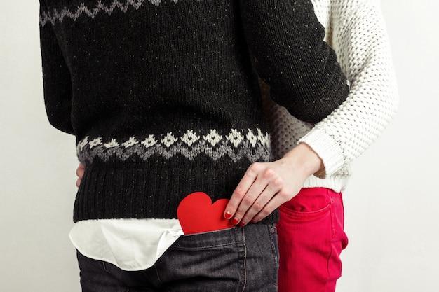 ダークハート形ロマンチックな女の子のポケット