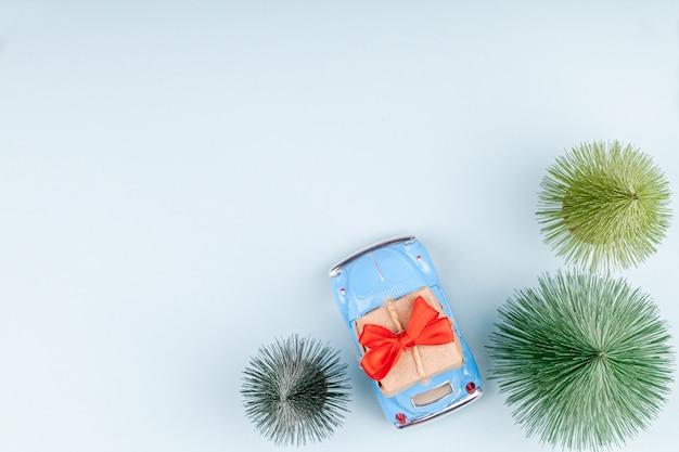 レトロなおもちゃ車キャリングクラフトギフトボックス、休日ショッピンググリーティングカード