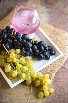 Сладкие фрукты, винтажный вид