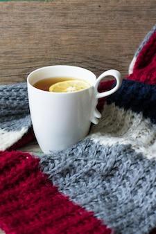 スカーフとお茶