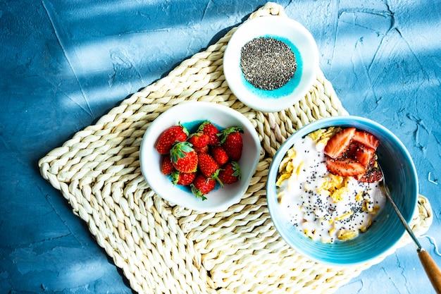 伝統的なヘルシーな朝食