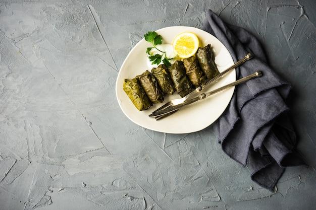 ドルマ-伝統的なグルジア料理