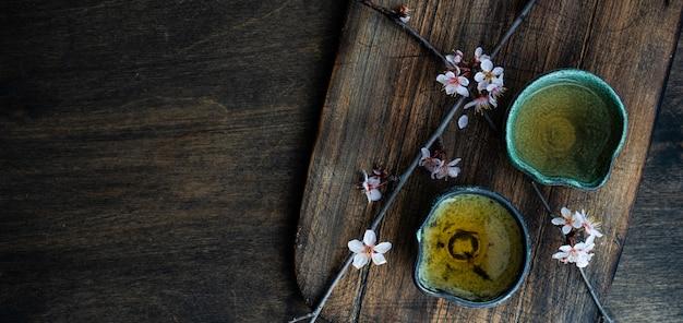 アジアンスタイルの緑茶のコンセプト