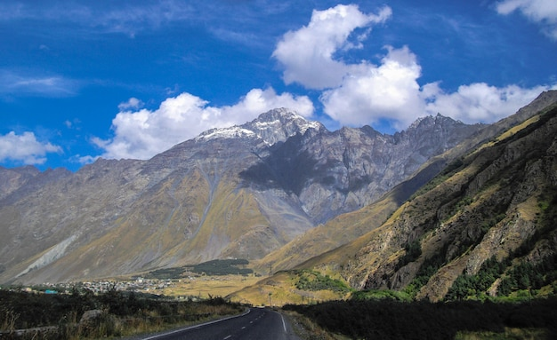 Кавказские горы в грузии