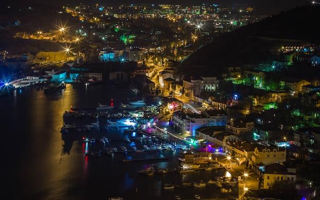 Балаклавская бухта ночью, крым