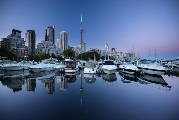 Торонто город небоскребов