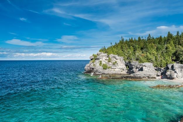 Красивый пейзаж в тобермори, онтарио, канада