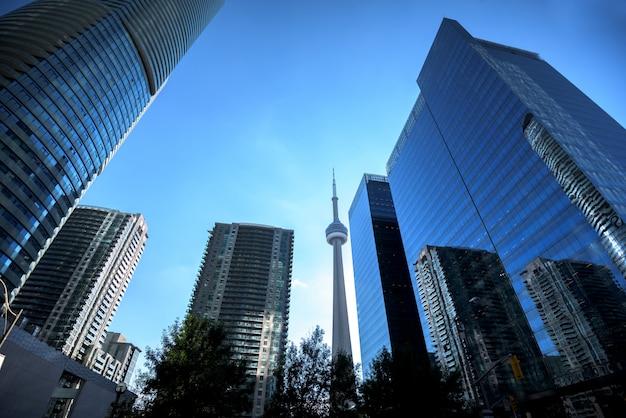 Современные здания в горизонте города торонто, онтарио, канада
