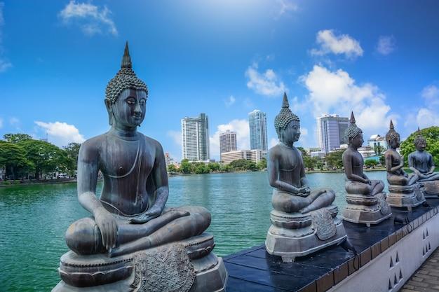 スリランカのガンガラマヤ寺院