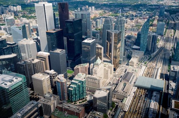トロントの街のスカイライン、オンタリオ州、カナダ