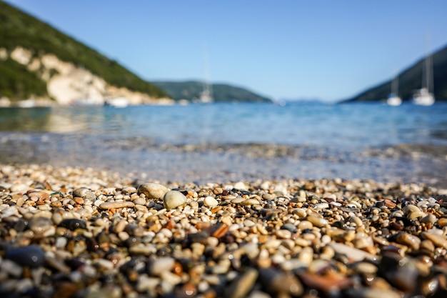 美しい澄んだ海