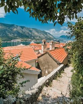 モンテネグロのコトル村