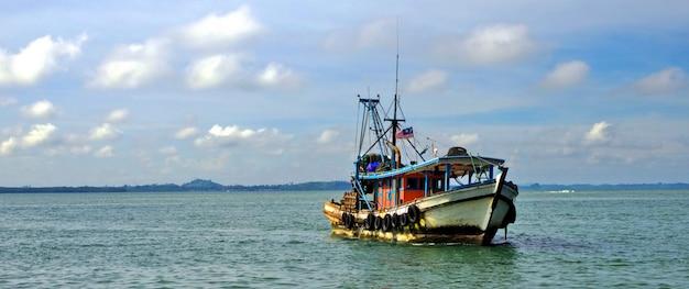 マレーシアのボート