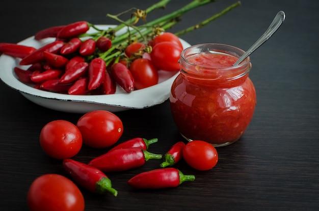 Томатный кетчуп острый соус