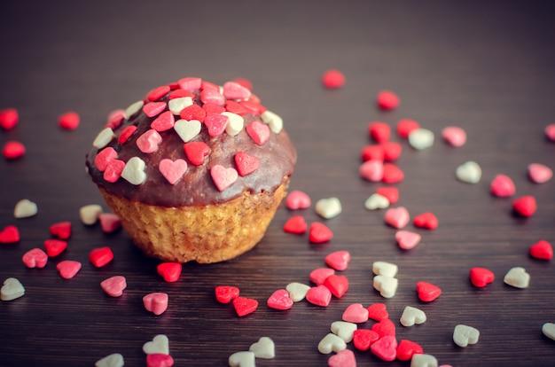 小さなハートのカップケーキ