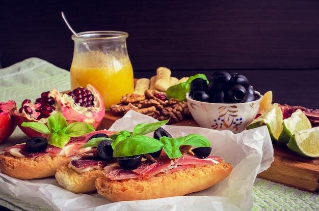 スペイン料理のタパス