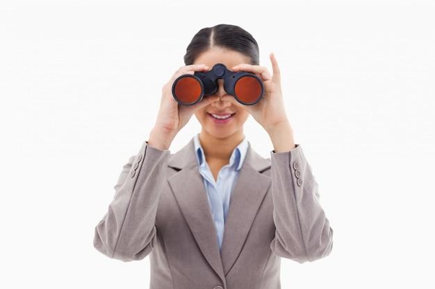 双眼鏡で見るビジネスマン