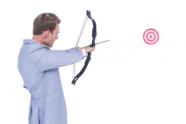 ビジネスマン、矢、弓、弓