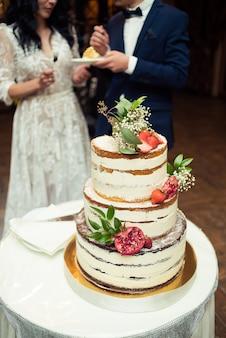 Свадебный стол сладостей