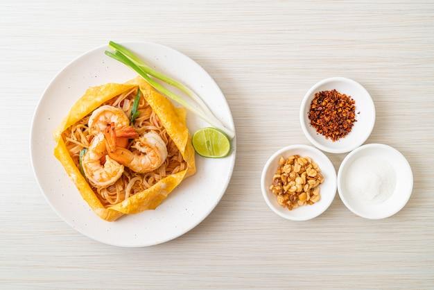 エビと卵のラップ(パッタイ)タイ風焼きそば