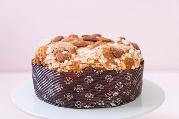 アーモンド入りレーズンパンケーキ