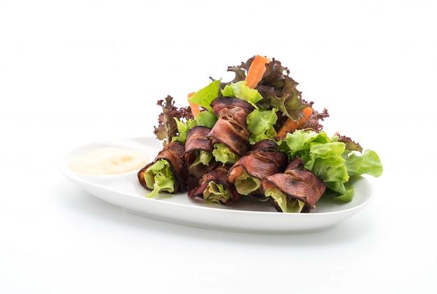 Салат с беконом