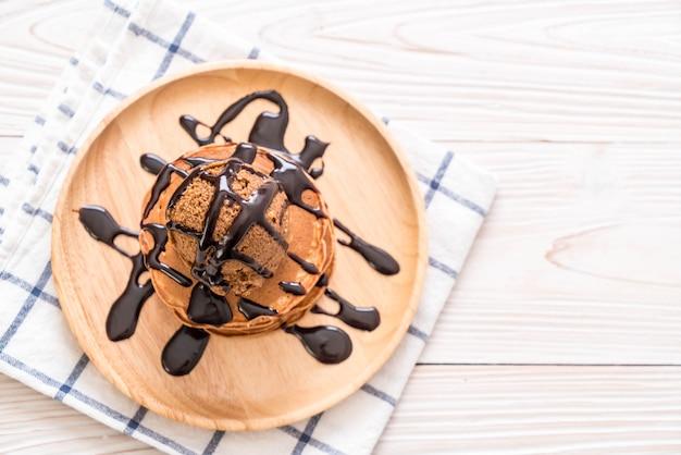 Блин с шоколадным мороженым