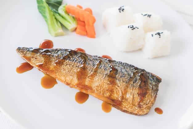 Рыбный соус на гриле саба
