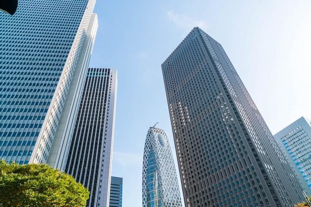 高層ビルと青空 - 東京都新宿区