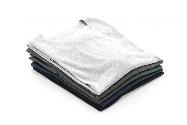 Стек одежды на белом