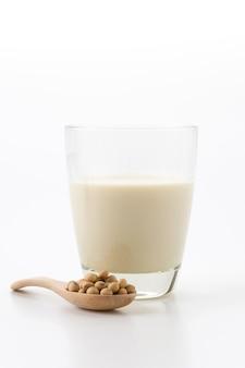 Соевое молоко