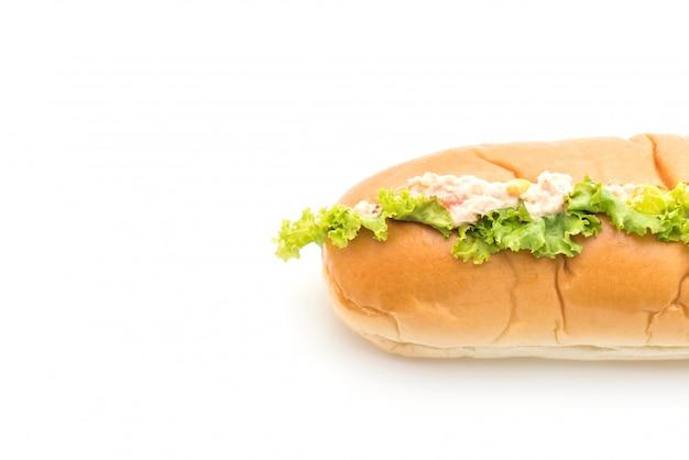 マグロのコーンサラダホットドッグ