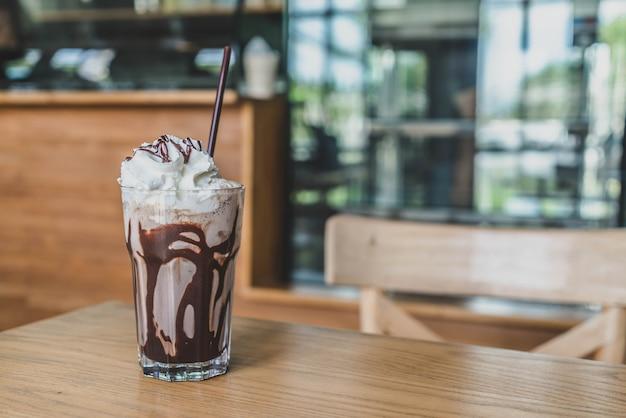 チョコレートミルクセーキスムージー