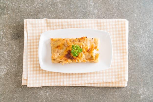 チーズとハムの焼きペンネパスタ