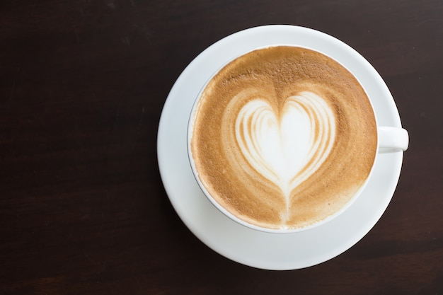 Закрыть любовь коричневый чашка натуральный
