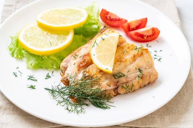 焼き鯛魚ステーキ