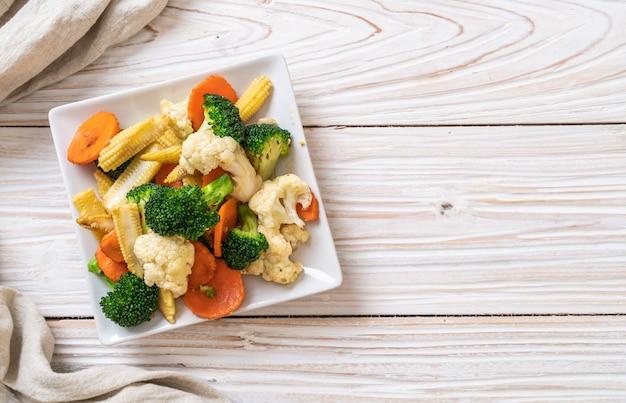Жареная смесь овощей