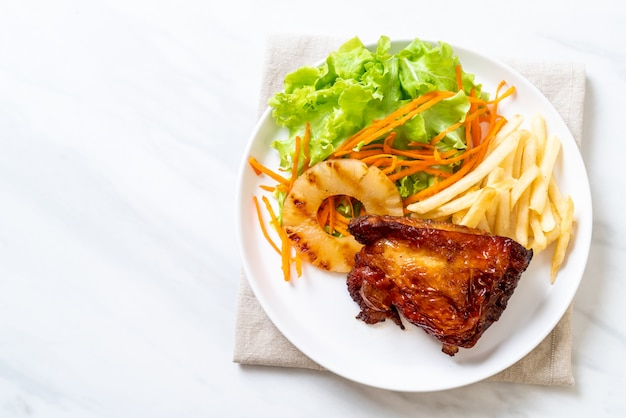 野菜のグリルチキンステーキ