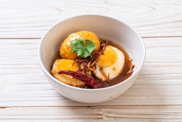 タマリンドソースで炒めたゆで卵