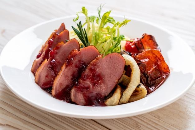 鴨胸肉のソース焼き