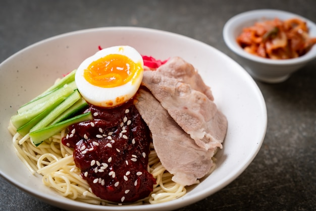 韓国の冷麺