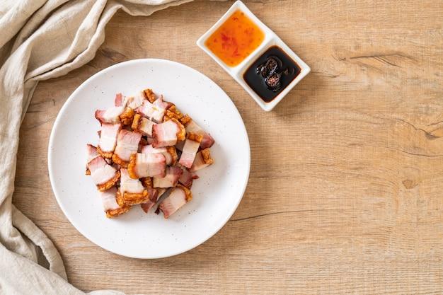 カリカリ豚バラ肉