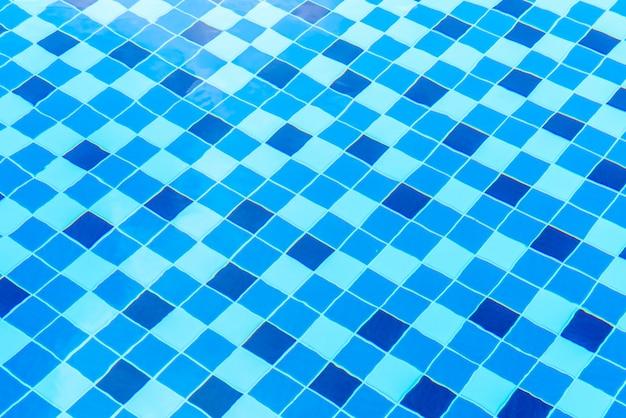 プールの表面