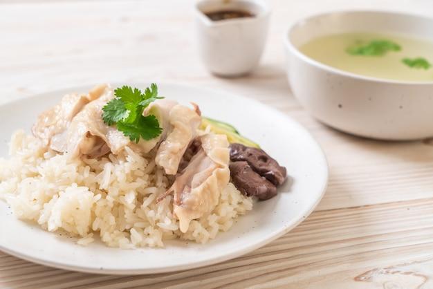 Куриный рис по-хайнаньски или куриный рис на пару