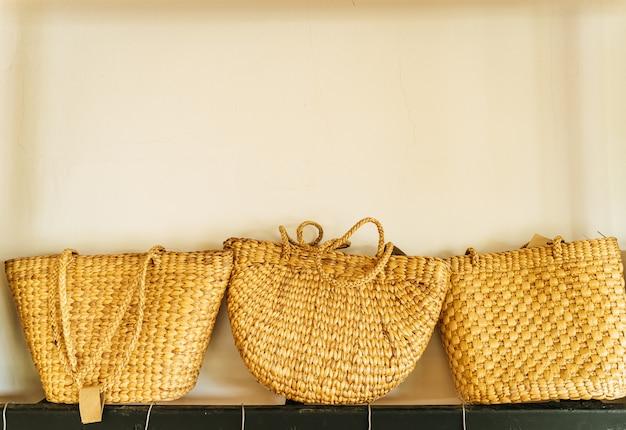 美しい織りハンドバッグ