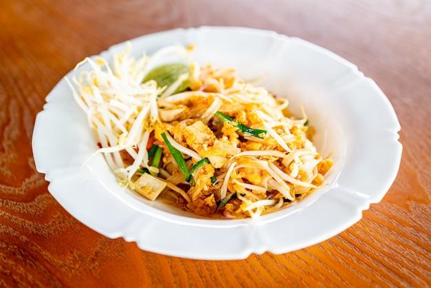 Тайская лапша по-тайски