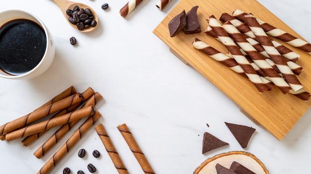 Шоколадно-кофейная вафельная палочка