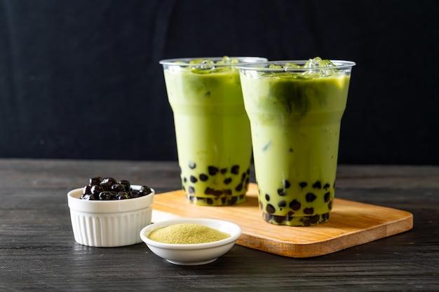 泡と緑茶ラテ