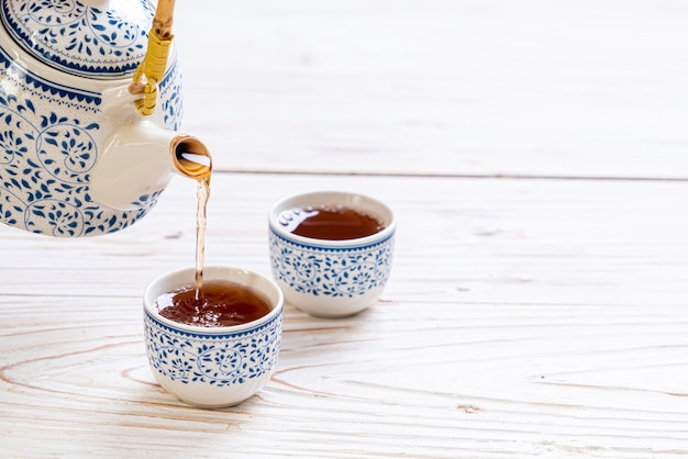 Красивый китайский чайный сервиз