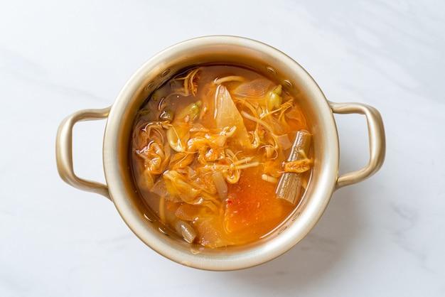 Овощной кислый суп